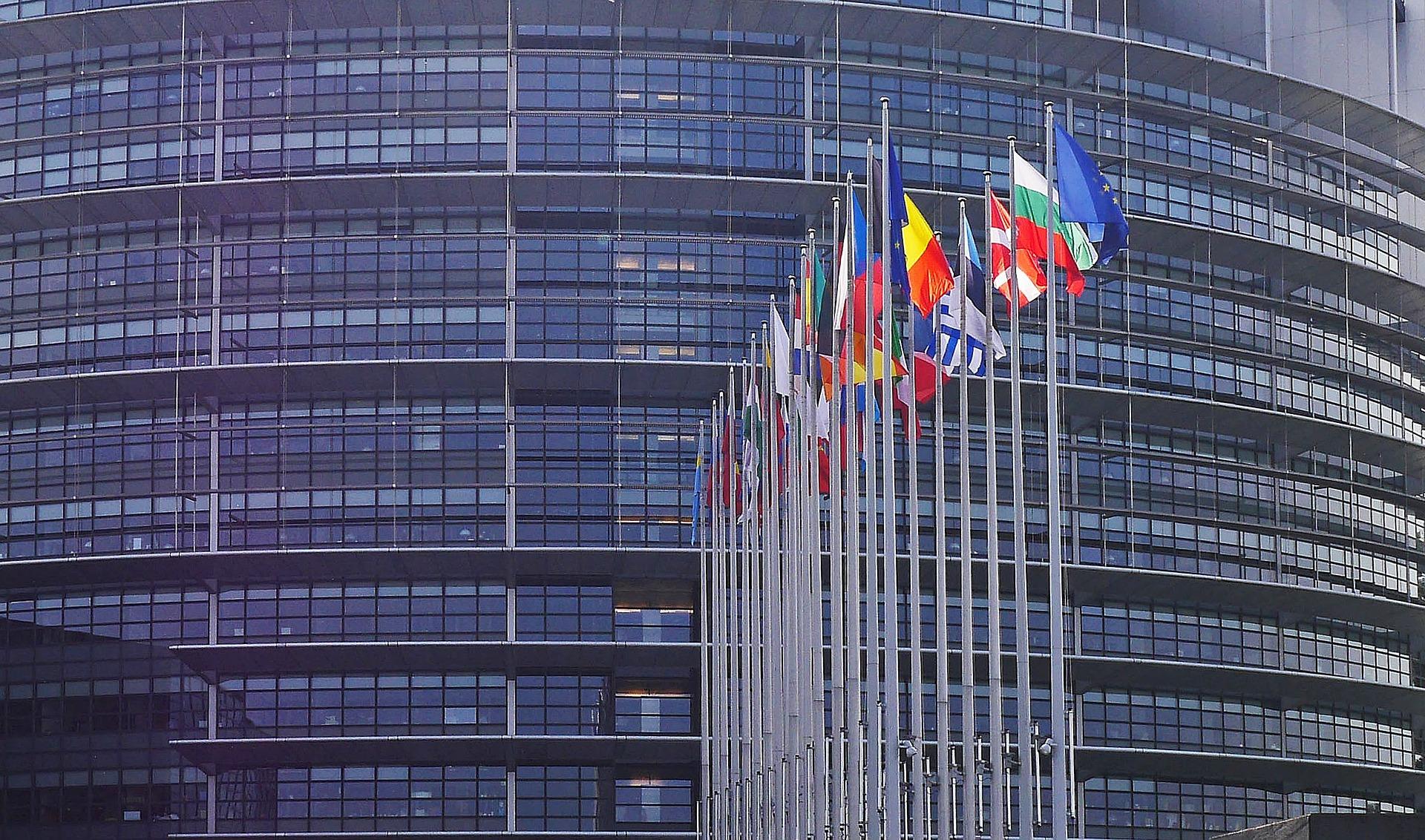 UE przyjęła Dyrektywę o ochronie sygnalistów